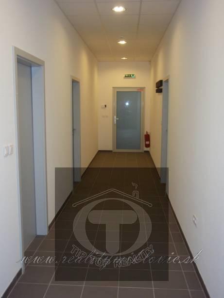Ponuka - Prenájom/podnájom - Kancelársky priestor - Považská Bystrica, 33 m2. obr0