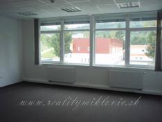 Kancelársky priestor - Považská Bystrica, 40 m2.